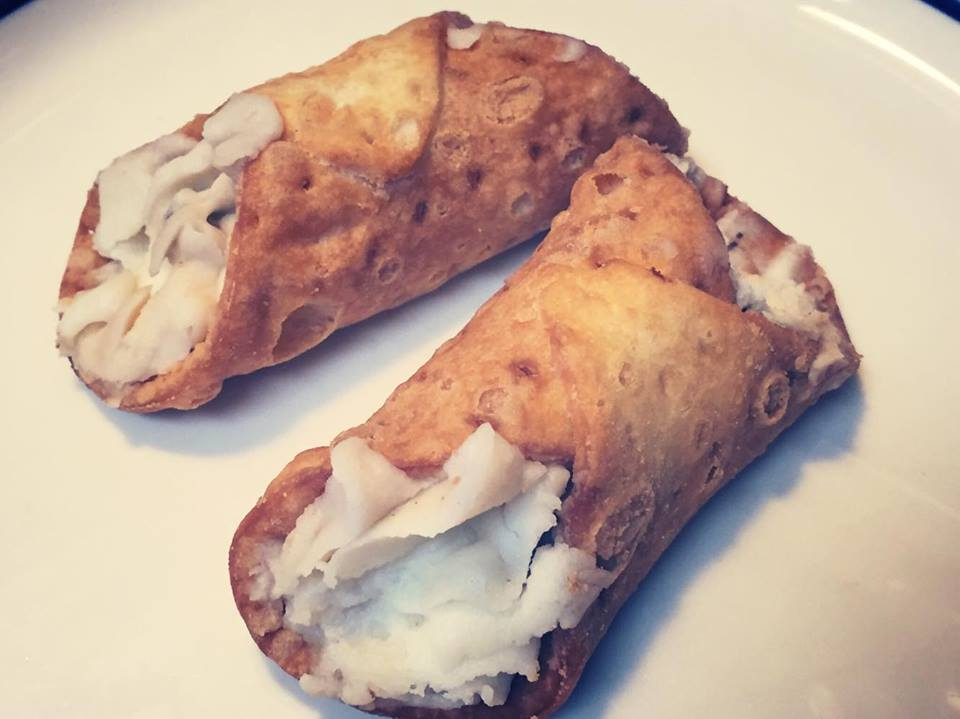 Healthy Cannolis - 21 Day Fix Approved - Adventures of a Shrinking ...